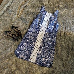 Beautiful Lilly Pulitzer Blue & White Dress 12